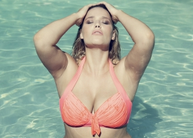 fine-bauer-curvy-model-fashion-swimwear-luise-reichert-9