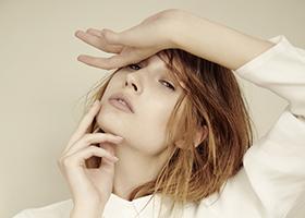 maria-dominika-lisa-reiss-fashion-editorial-kodd-magazine-towe-confusion-11
