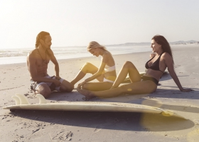 stefan_grey_lifestyle_surf_5